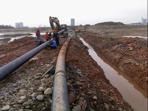 遂宁市三洲过江管网工程项目施工现场